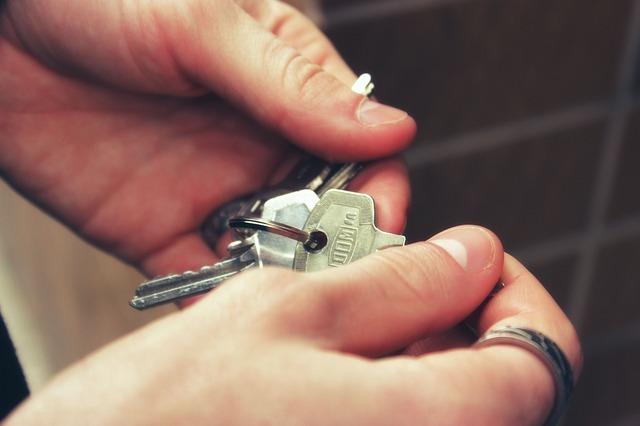 Cerrajeros Barcelona 24 horas: Por qué tener una llave maestra